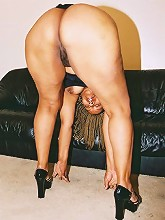Trelucia has ass to spare